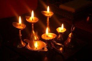 我在印度過新年排燈節,超級有錢人滿屋的真金白銀更突顯了貧富差距