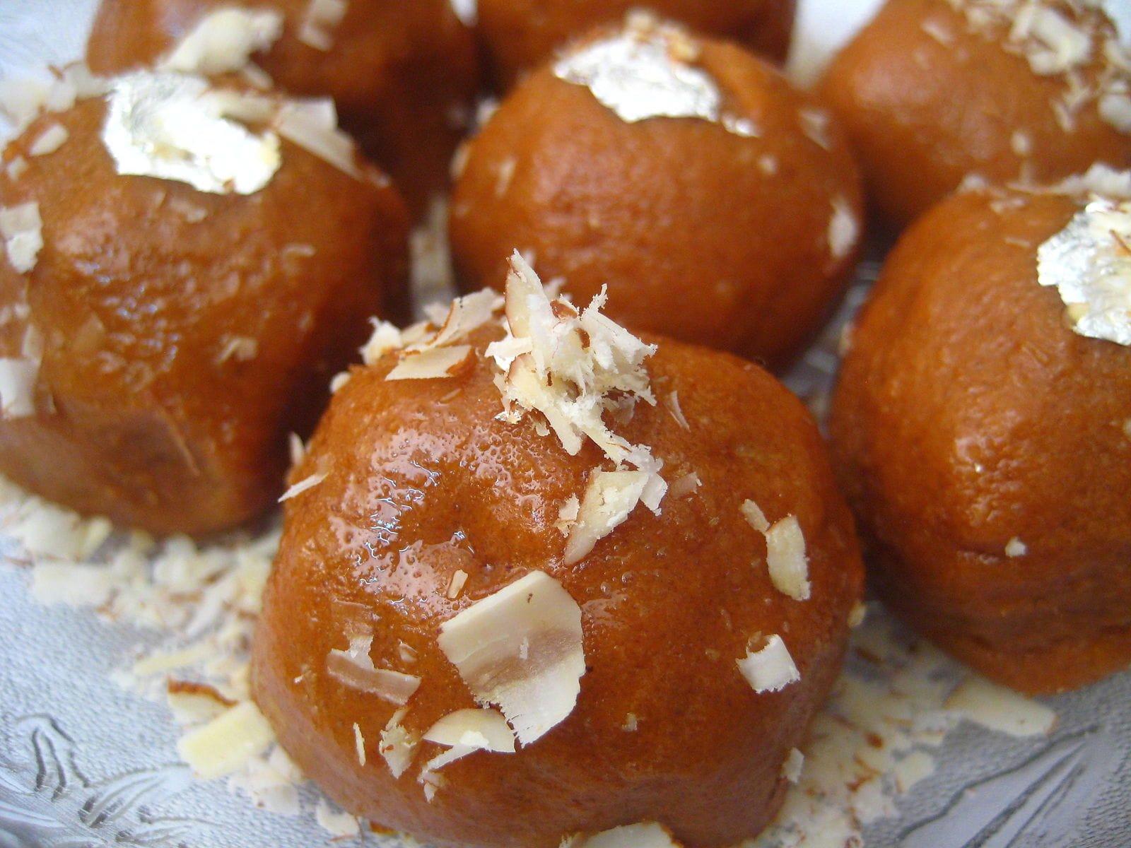 跟著印度電影一起走紅的甜點 Ladoo