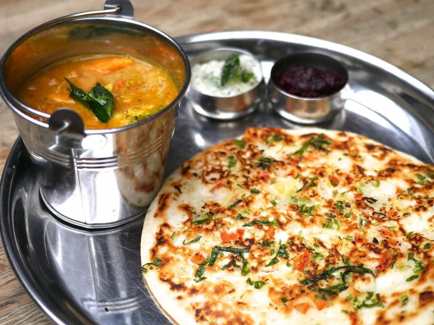 印度香料一把抓-印度的一味入魂:咖哩和咖哩葉傳奇