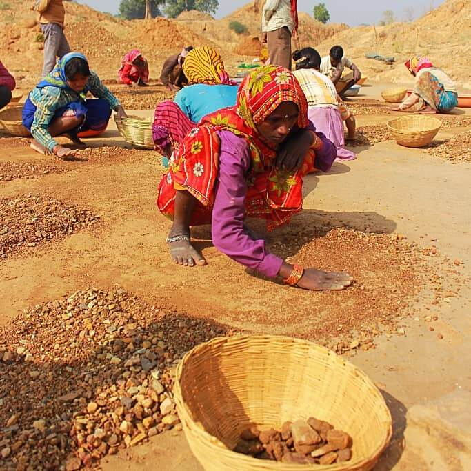 印度本納鑽石田探險記:真的挖出了黑鑽石!