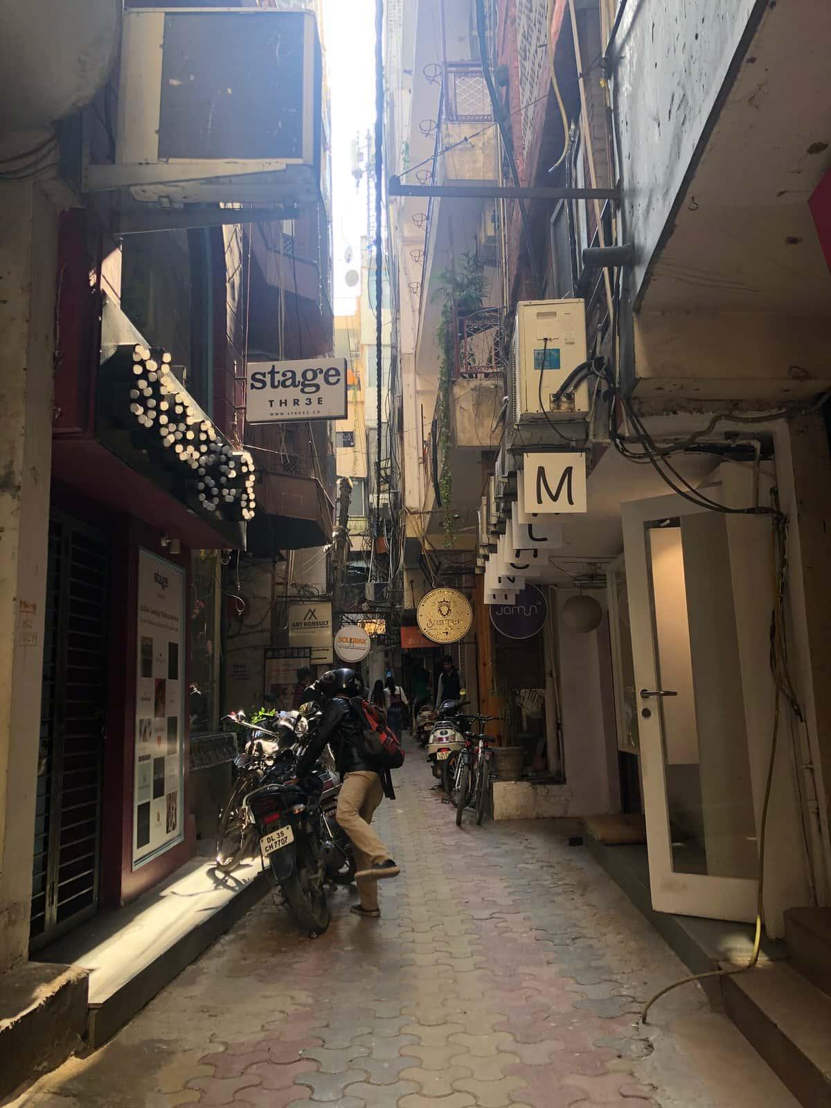 印度必去:新德里小赤峰街 Hauz Khas Village,文青潮流設計款都在這