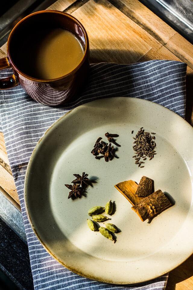 夏天得冷氣病?克服感冒前兆,提早用印度香料奶茶