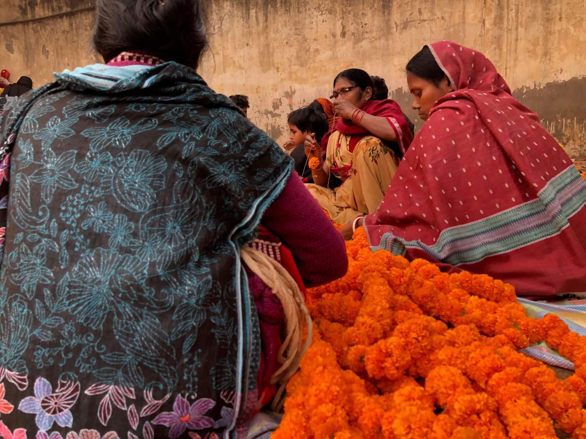 藏在社區大樓裡的生意經:印度家庭主婦的無限商機