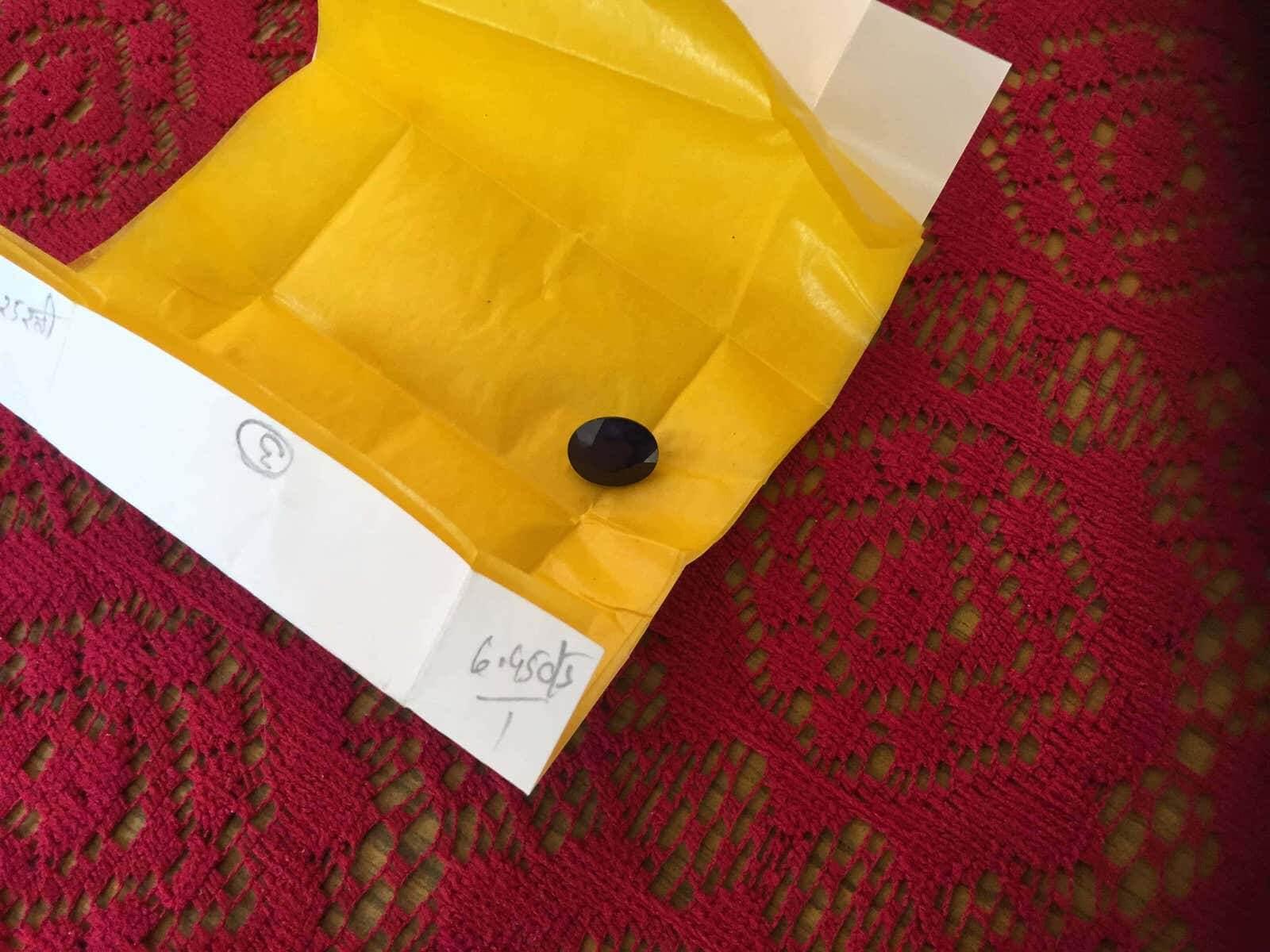 印度友人從火車飛出去!吠陀寶石戒指可別亂戴,特別是藍寶石!