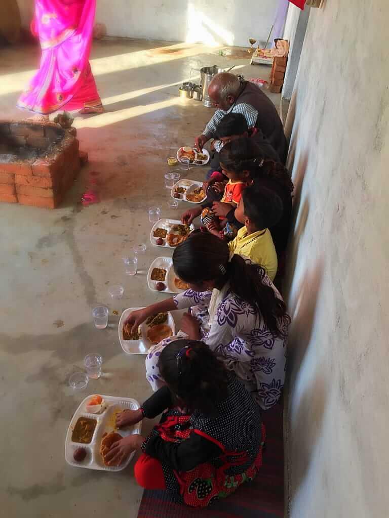 臺灣人在印度舉行濕婆儀式:五天五夜的禁食、誦經、獻花和佈施