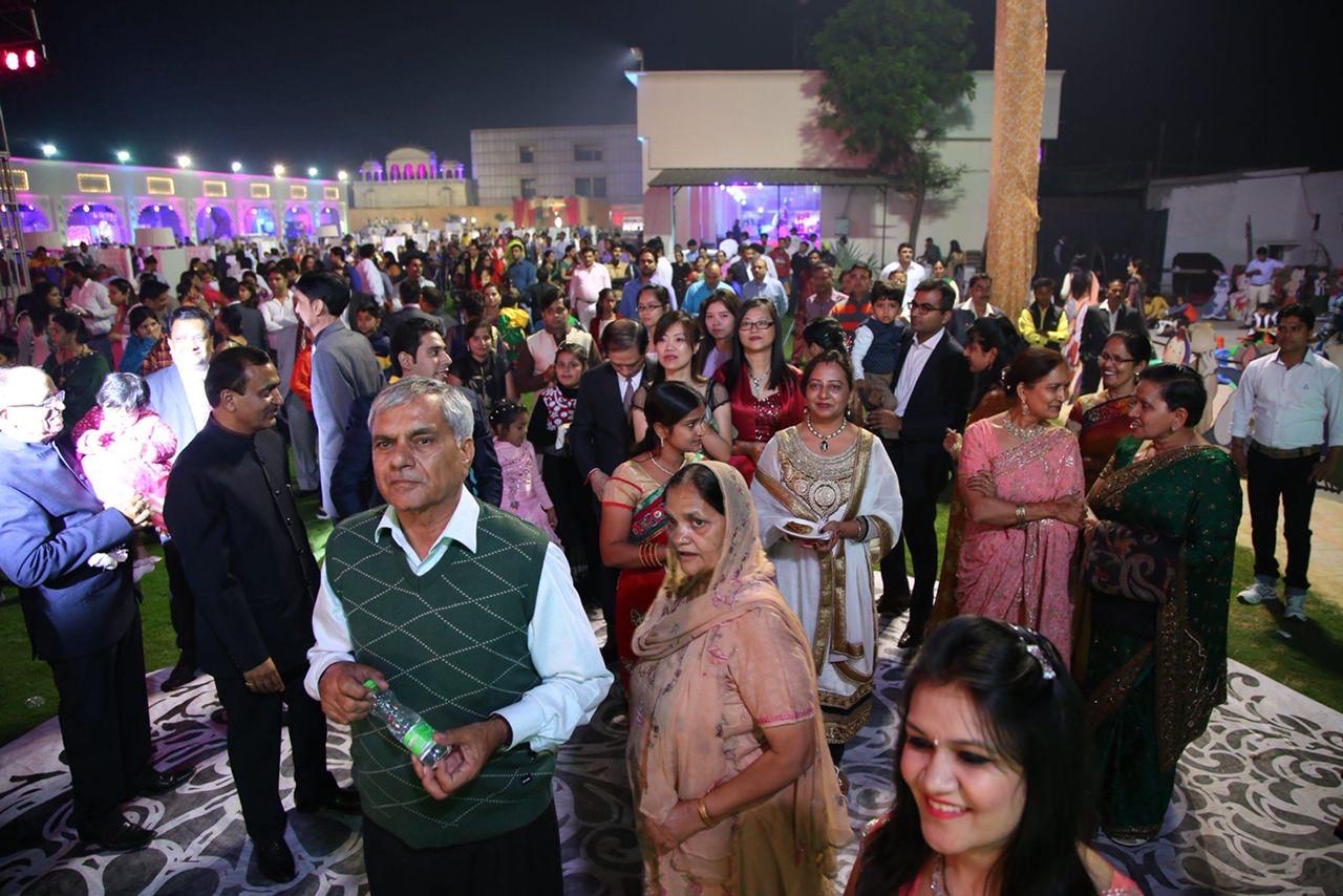 我嫁給了印度人:一個收服大家族獲得愛的故事